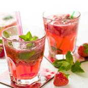 Cocktail Virgin Mojio fraise à 16 Arts Cannes
