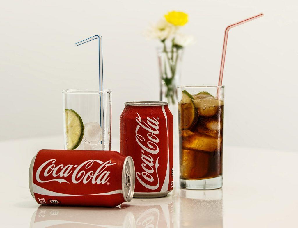 Cocktails et coca cola au 16 arts cannes